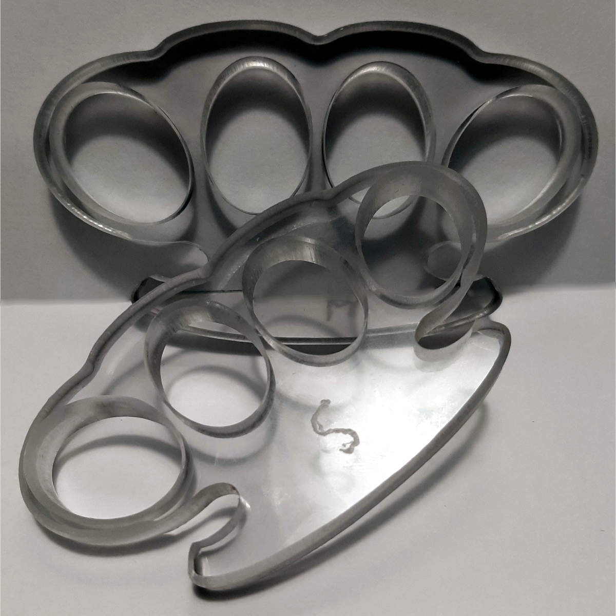 brass knuckled replica plastic knuckle dusters